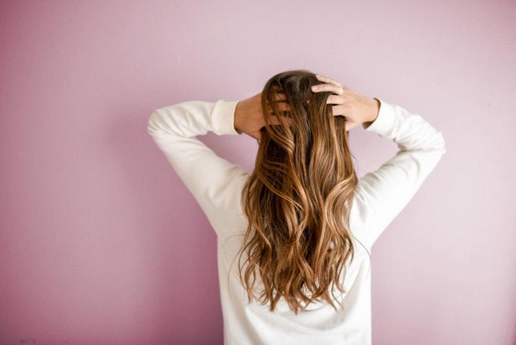 witamina a+e na porost włosów