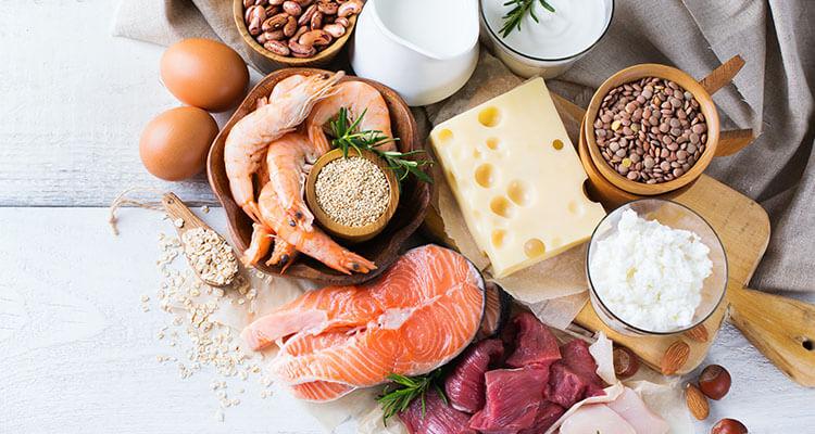 Ile białka spożywać przy odchudzaniu