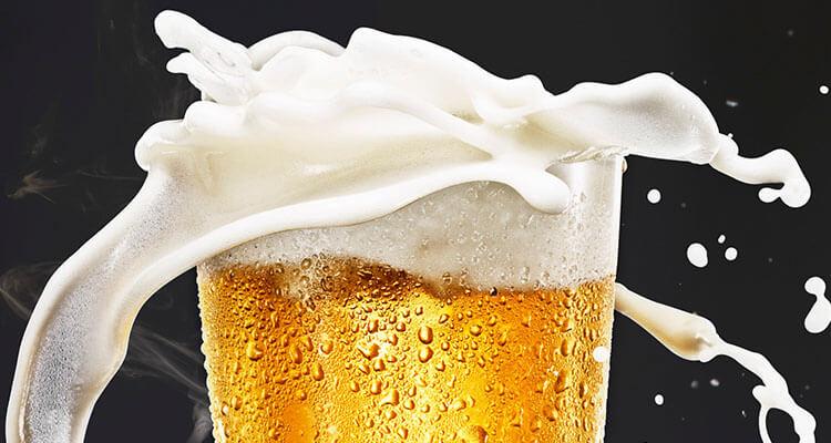 Czy piwo przed snem to dobry pomysł?